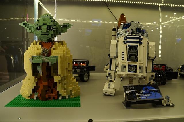Robot R2D2 z klocków Lego