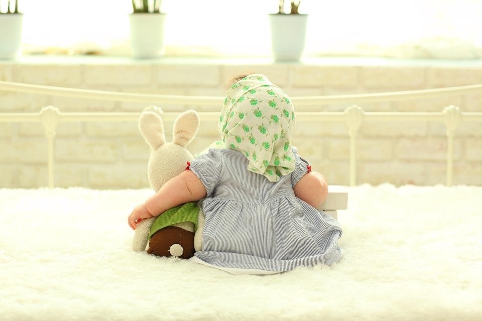 Dziecko podczas sesji fotograficznej