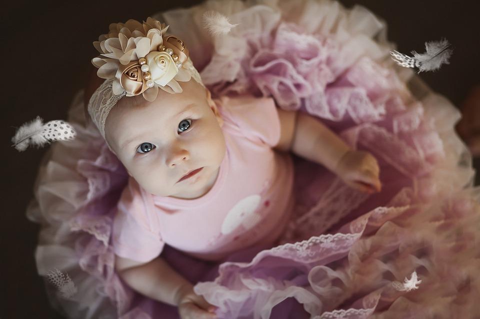 dziecko w stroju baletowym