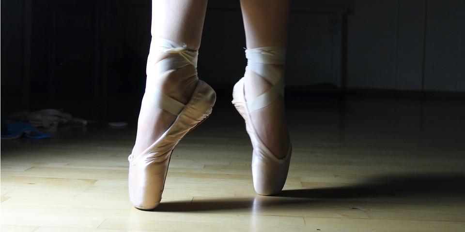 Baletnica na zajęciach tanecznych